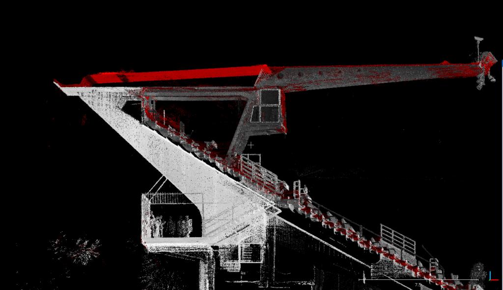Sezione Longitudinale #3. Nuvola LiDAR vs nuvola fotogrammetrica (rosso)